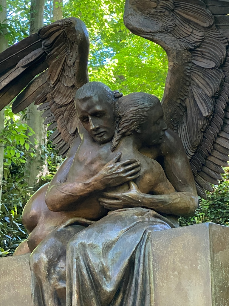 Abrazo Monumental (Wings of the City exhibit in Greenville, SC)